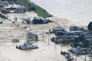 鬼怒川氾濫.jpg
